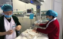 新生儿科:开启绿色通道,救治患儿生命